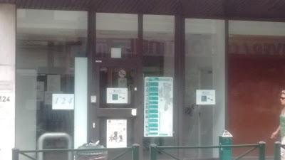 PhotoBooth in Ixelles, Bureau des Étrangers, Chaussée d'Ixelles, 124